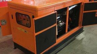 Tientallen kilo's cocaïne en heroïne in generatoren ontdekt