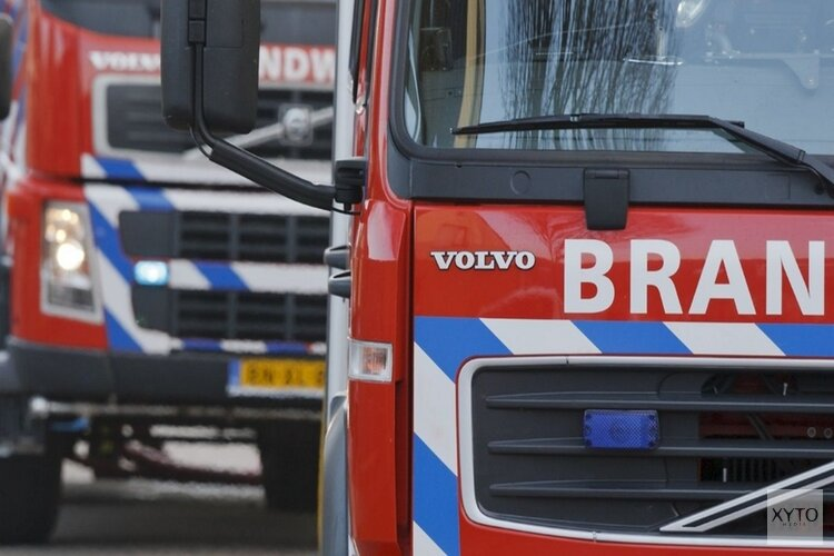 Grote schuurbrand langs A15